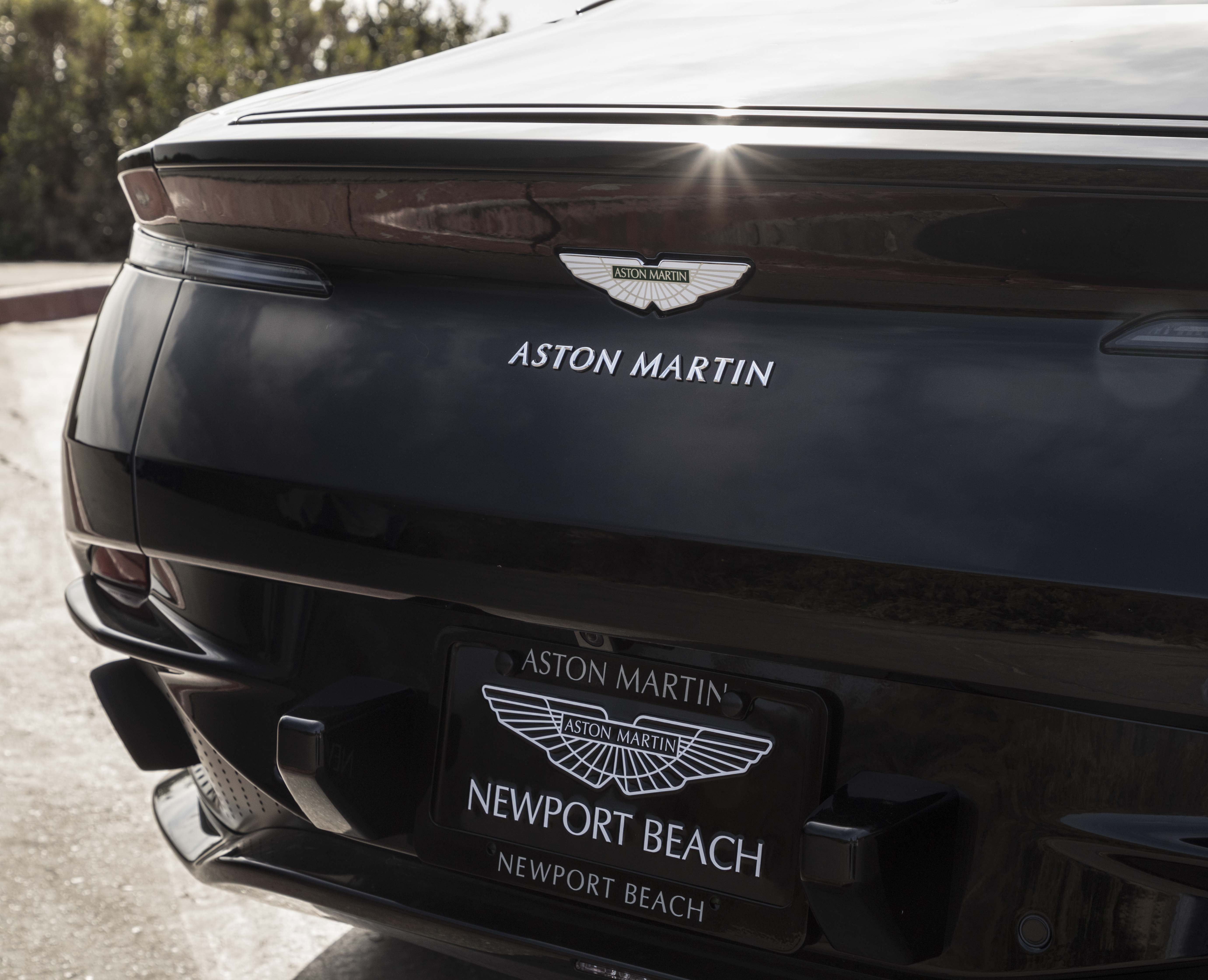 2018 Aston Martin DB11 V8 For sale in Newport Beach