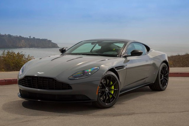 New 2019 Aston Martin DB11 AMR V12 Coupe